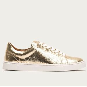 New Frye Ivy Low Lace gold crackle leather sneaker